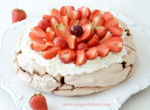 blog-foodblog-recepty-angie-bakes-cokoladova-pavlova-torta