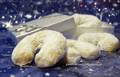 foodblog-blog-o-vareni-vianocne-pecenie-grilaz-vanilkove-rozky-recept