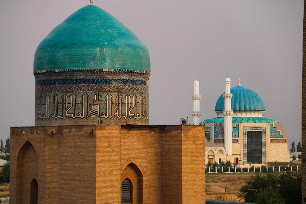 travelistan-travel-blog-Turkistan-Kazachstan