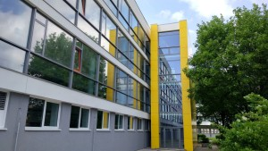 04-priemyslovkastavebna-trencin-fasada-highschool