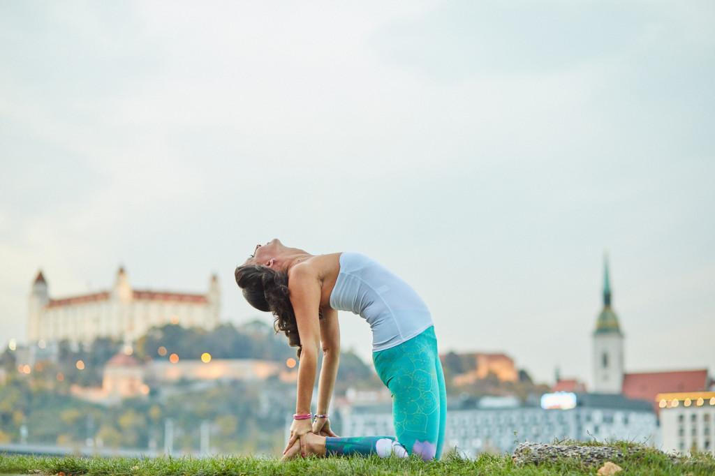 hormonalna-joga-mirka-bartošová