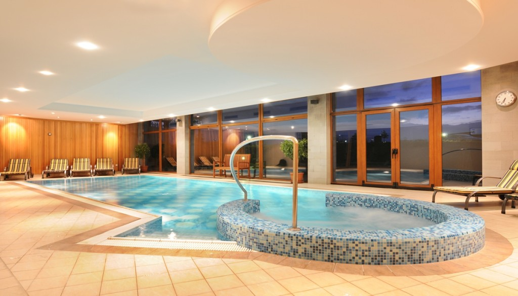 Golf rezort Black Stork -wellness-vnútorný bazén-4