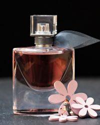 parfemy ako striekat